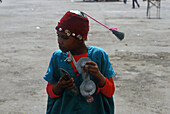 Strassenmusikant, Djemaa el Fna Platz, Medina, Marrakech Marokko