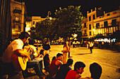 Nachtleben, Plaza San Salvador, Sevilla Andalusien, Spanien