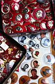 Mao Buttons, Souvenirshop, Hongkong China