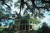 San Francisco Plantation, River Road, New Orleans Louisiana, USA