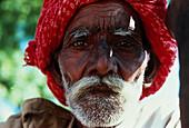 Alter Mann mit Turban, Indien