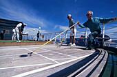 Shuffle Spieler, Sports Arena, Boat Deck, Kreuzfahrer Queen Elizabeth 2, Transatlantikpassage