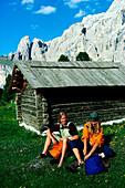 Wandern, Rast, Dolomiten Italien