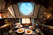 Star Flyer Atrium, Captain´s Dinner Choices, Santorini Harbor, Greece