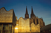 View of the Ludwig Museum and Cathedral, Cologne, North Rhine-Westphalia, Germany