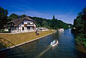 Gasthof 'Zum Krug', Kanal, Mecklenburgische Seenplatte Meck.-Vorpommern, Deutschland