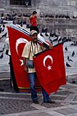 Street Seller, Yeni Camii, New Mosque Eminoenue Istanbul, Turkey