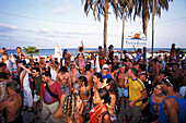Young people partying in der Bora Bora Beach Disco, Club, Playa d'en Bossa, Ibiza, Spain