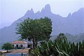Berglandschaft b. Sao Jorghe, Santiago Kapverdische Inseln