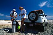 Jeep, Tauchvorbereitung, Bonaire, Niederlaendische Antillen Karibik