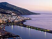 Townscape with harbour, Santa Cruz de La Palma, La Palma, Canary Islands, Atlantic Ocean, Spain