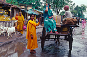 Women on the market, coach, monsoon, Muzaffarpur Bihar, India