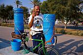 Bucket Street Seller, Buckets for alcoholic drinks, Patja de Palma, Arenal, Mallorca, Spain