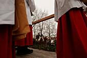 Benediction of the carts, Close-up of ministrants, Bad Toelz, Bavaria, Pfarrer und Messdiener bei der Segnung der Fuhrwerke, Segnung auf dem Kalvarienberg Bad Toelz, Leonardiritt 2003
