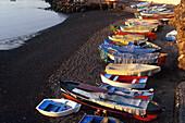 Fischerboote am Strand, Hafen, Candelaria, Tenerife, Canary Islands, Spain