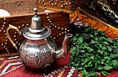 Teekanne, Minze, Stilleben, Taroudant Marokko