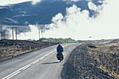 Radfahrer, Geothermisches Feld am Myvatn Norden, Island