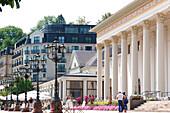 Kurhaus Baden-Baden im Sonnenlicht, Baden-Baden, Baden-Württemberg, Deutschland, Europa