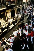 Encierro, the running of the bulls, Mercaderes stretch, Fiesta de San Fermin, Festival of San Fermin, Pamplona, Province of Navarre, Spain