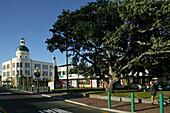 Marine Parade, Napier, NZ, Napier is the Art Deco city on Hawkes Bay North Island New Zealand