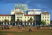 Streetlife, Weekend, Halle Face Hotel, Colombo Sri Lanka