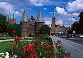 Holstentor with St. Marienkirche, St. Pitrikirche, Luebeck Schleswig-Holstein, Germany