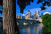 Skyline in the sunlight, Twin Cities, Minneapolis, Minnesota USA, America