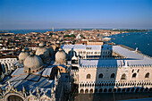 View from Campanile over, Dogenpalace, Venice Venetien, Italy