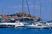 Jachten vor der Hafenstadt Portoferraio, Elba, Toskana, Italien, Europa