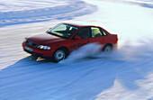 Testfahrt im Winter, Auto Verkehr