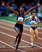 Marion Jones, Sieg, Leichtathletik