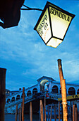 Abendstimmung, Rialto-Bruecke, Venedig, Venetien Italien