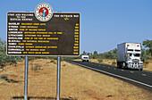 Matilda Highway touring sign, Australien, Queensland, Maltilday Highway touring signpost, Strassenschild, Matilda historische Highway
