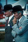 Gentlemen mit Bowler, Irland