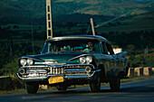 Oltimer, Highway, Valle de los Ingenios, Trinidad Cuba