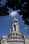 Bismarck Monument, honouring Count Otto von Bismarck 1815-98, , close to Landungsbruecken, Hamburg, Germany