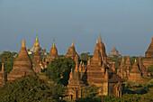 Sunset Pagan, thousand of ruins, Sonnenuntergang, Ruinenfeld von Bagan im Abendlicht, ruins of Bagan, stupas and temples, Weltkulturerbe, World Heritage, Erbe der Menscheit