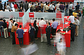CeBIT Asia, fair, Hightech, CeBIT Asia 2005, red, chinese visitors, internet, electronic trade fair