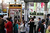 Haltestelle,Bushaltestelle, Busstop, Taxi, Men's Health, Werbung, advertising