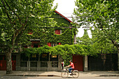 Zhou Enlai, residence , former residence, Chou En Lai museum, exhibition, green creeper, Bike, bicycle, street, road, French Quarter, French Consession