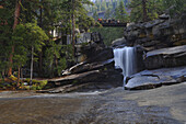 Wasserfall oberhalb des Emerald Pool, Yosemite National Park, Kalifornien, USA