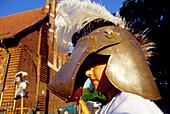 Touristen in Marienburg, Burganlage der Deutschordensritter, Malbork, Marienburg, Polen