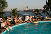 Beach Club at River Elbe, visitors, guests, swimming pool, City, Altona, St.Pauli, harbor, port, Hamburg