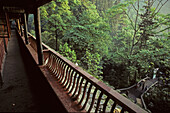 gangway of the monastery hostel, Qingyin monastery, Mountains, Emei Shan, World Heritage Site, UNESCO, China, Asia