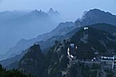 Tian Tai Feng Monastery, Jiuhuashan, Mount Jiuhua, mountain of nine flowers, Jiuhua Shan, Anhui province, China, Asia