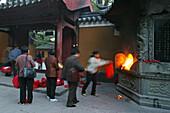Puji Si, burning offerings, Buddhist Island of Putuo Shan near Shanghai, Zhejiang Province, East China Sea, China, Asia