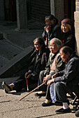 elderly pilgrim women, Heavenly Gate, Tai Shan, Shandong province, Taishan, Mount Tai, World Heritage, UNESCO, China, Asia