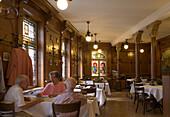 Guests sitting in the restaurant Bierhalle Kropf (Beer Hall Kropf), Zurich, Canton Zurich, Switzerland