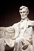 Statue von Präsident Abraham Lincoln, Lincoln Memorial, Washington DC, Amerika, USA