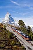 Gornergrat Bahn, mountain railway with Matterhorn, 4478 m, in the background, Zermatt, Valais, Switzerland